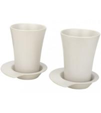 Набор из двух чашек с блюдцами