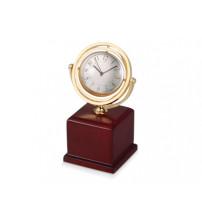 Часы на постаменте. Обратная сторона часов предназначена для вставки фотографии или рекламного мини-постера (d40 мм)