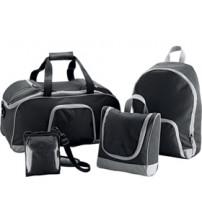 Набор сумок 4-в-1: дорожная сумка с отделением для обуви, сумка для фотоаппарата, футляр для косметических принадлежностей, рюкзак. 3 сумки складываются в одну, что экономит место при хранении